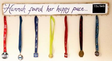 happy pace hanger